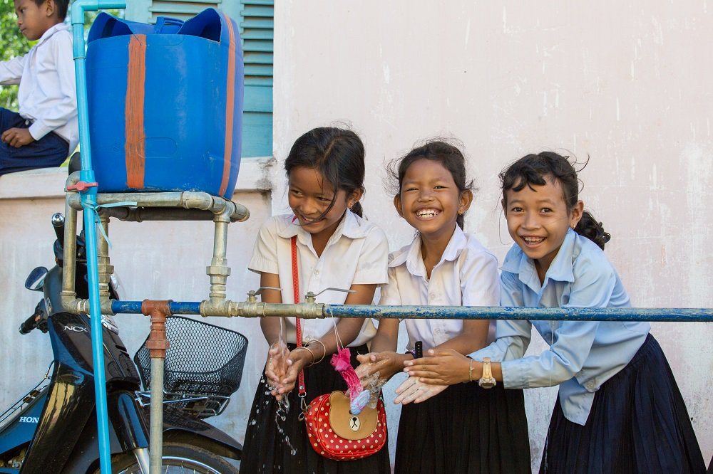 It's not right when a #girl has to skip class or drop out of school because she got her period. But we can change this. Read more about #Menstruation management & #Education in Cambodian #schools. #IWD2018 unicefcambodia.blogspot.com/2018/03/from-t…