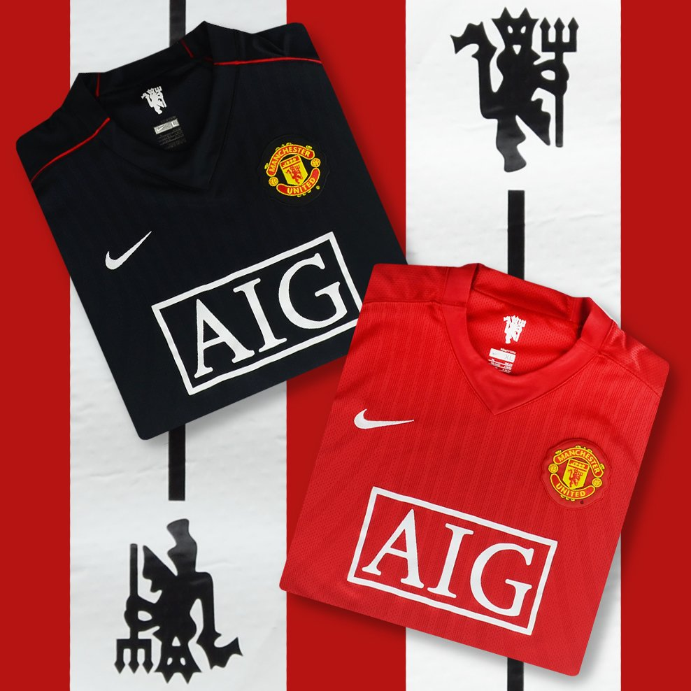 eb268968072a Classic Football Shirts on Twitter