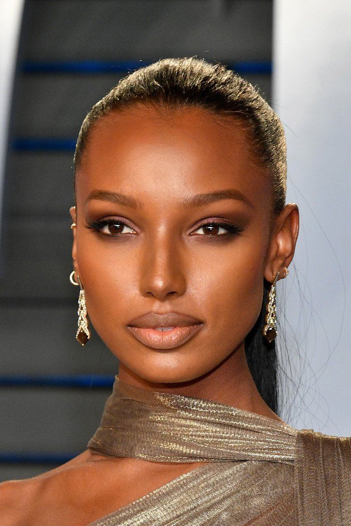 The Fashion Court On Twitter Jasmine Tookes Wore A Gold Jeanlouissabaji Spring 2018 Couture Goddess Gown To The 2018 Vanity Fair Oscar Party Oscars Https T Co Bkxgpfyrip Oscars90 Oscars2018 Https T Co Ushubzcorx
