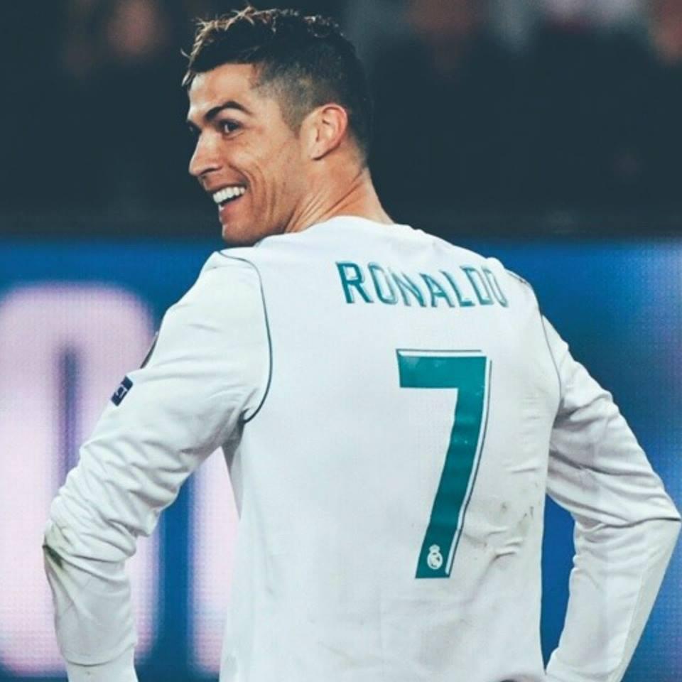 Y en unos años podrán decir que tuvieron la oportunidad de seguir la carrera de un futbolista capaz de tener más goles (102) que partidos (96) disputados en la UEFA Champions League con el Real Madrid. Ni en un videojuego. MR. CHAMPIONS.