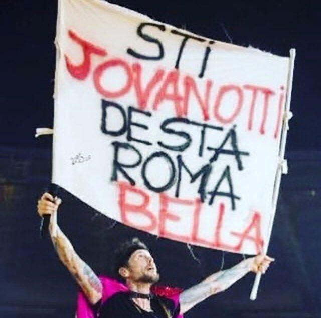 #LorenzoLive2018: due nuove date a Roma, 1 e 2 maggio! 💥🙌 @lorenzojova #radioufficiale bit.ly/2oNkVcP