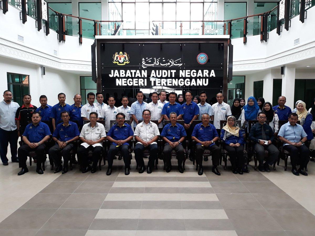 TB. Suasana Majlis Penyerahan Projek  Pembinaan Pejabat Audit Negara Cawangan Negeri Terengganu. @JKRMalaysia @JKRTerengganu @TeamProjekTrg @irckb_chedin @yusufghani200 @jid_nek @nafie784 @ShiedtypeR #InfraRakyat #JKR #BerJasaKepadaRakyat #Negaraku 🤓