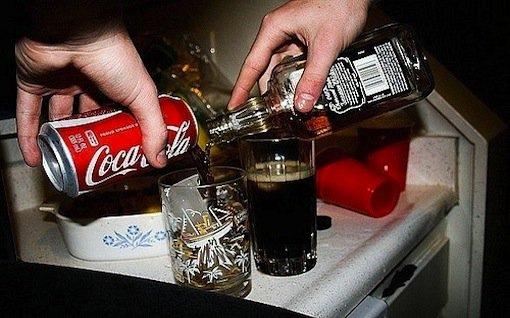 Как разводить виски с колой