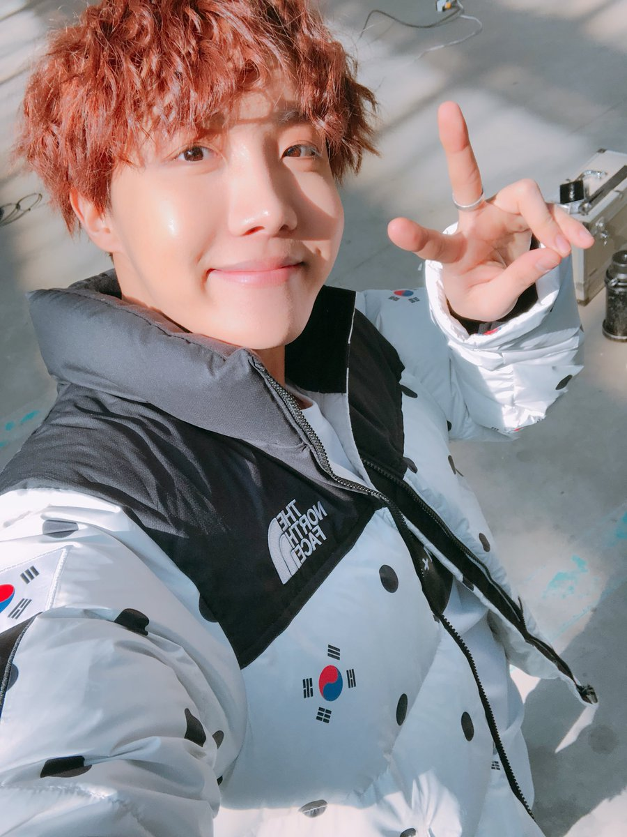 Blessing your feed with a little #jhope because it's what you deserve, always ✌🏻 | @BTS_twt