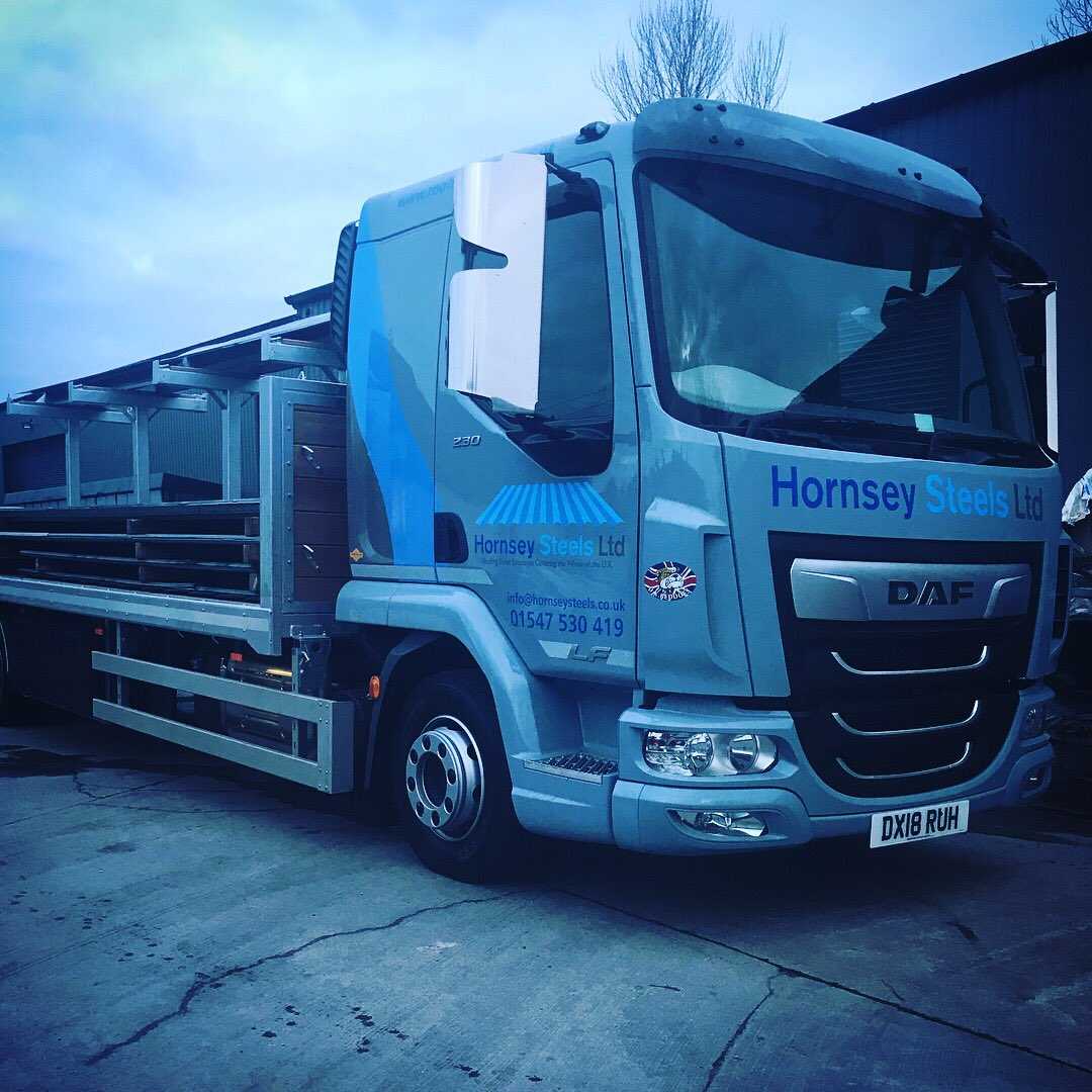 The New Girls First Day 😍 #18Plate #DAF #NewWagon https://t.co/Oxl1b4GHYB