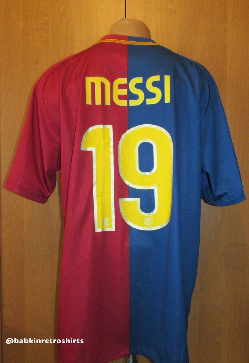 3d9035f75f1 2008/09 @FCBarcelona home @TeamMessi #footballshirt by @nikefootball  http://bit.ly/2Fmh1BS #barca #FCBarcelona #Barcelona #messi #leomessi ...