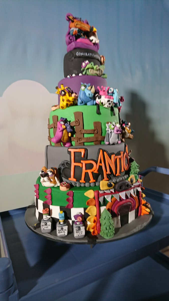 #Geek Awesome of the Day: #Frantics #PS4 Videogame Piece Montee #Cake via @SonyXDevEurope #SamaCake #SamaGeek