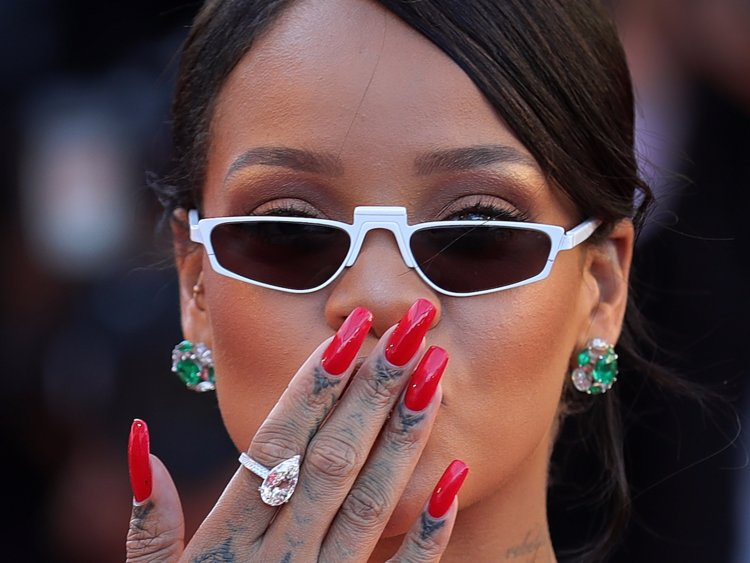 Brooklyn White On Twitter An In Depth Look At The History Of Acrylic Nails From A Black Femme S Perspective Https T Co 3bsuo3ifzx