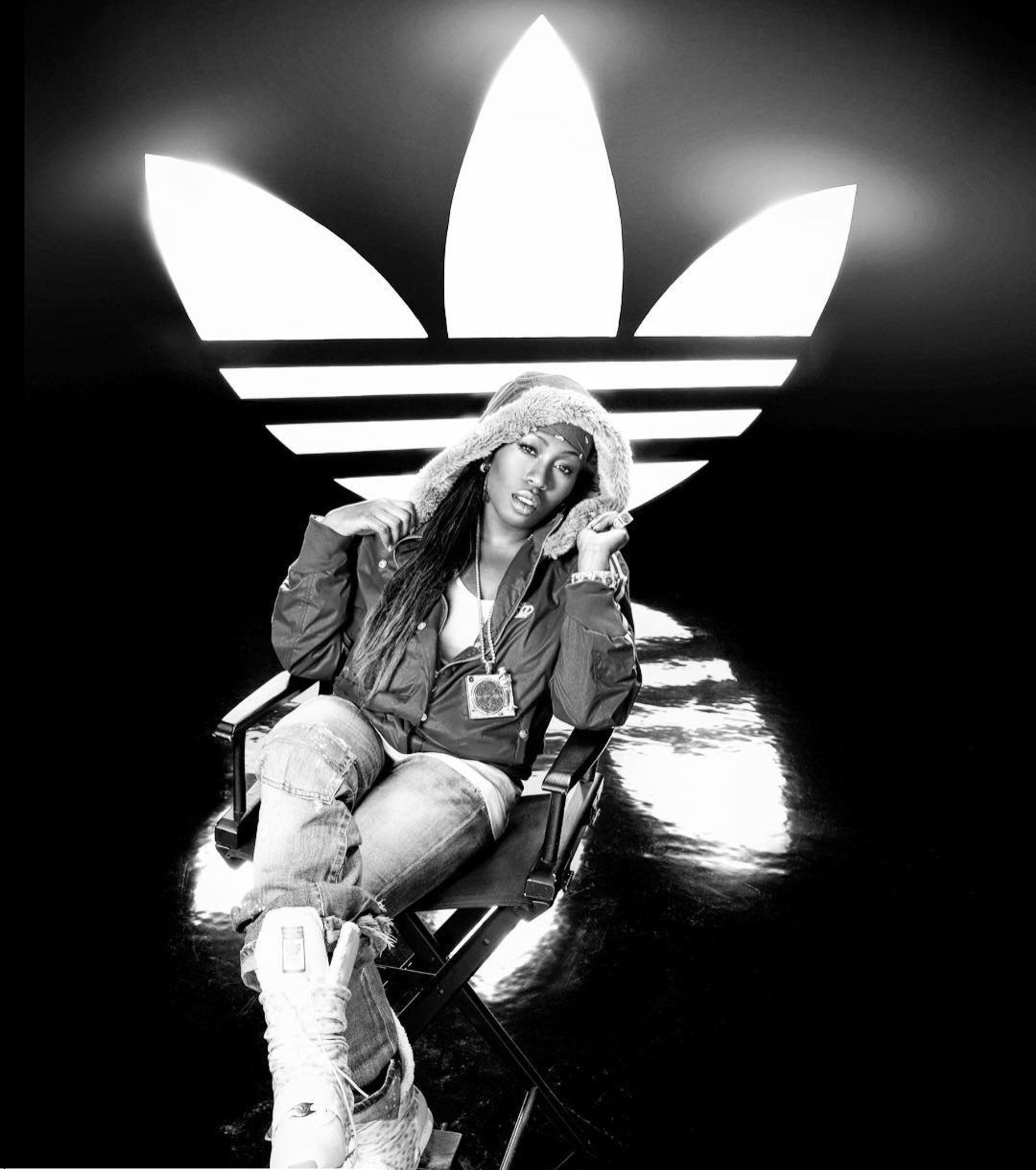 Throwback! Ayyyyye y'all know my @adidasoriginals was the freshest boots! Kicks jackets������ bring em back! https://t.co/7s73AUVL8e