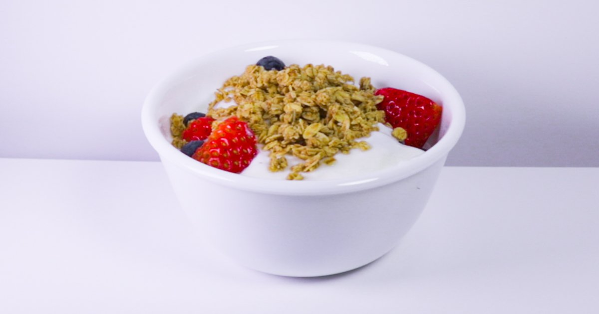 Happy National Cereal Day from Sunbelt Bakery! No, we did not make it up, but we're all about it. Granola on yogurt, as a snack, as a dessert topping, you name it! #givemeallthegranola #entry #granola - sot.ag/7pqvs