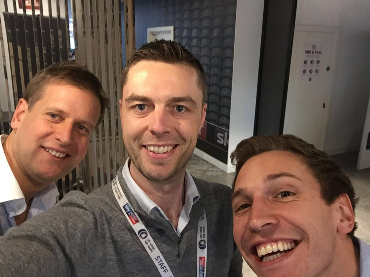 Great to hear from @chamberlinsport and @olibellracing - at #skybetcareers today-good luck for The Festival chaps https://t.co/LYQ94AUrEa
