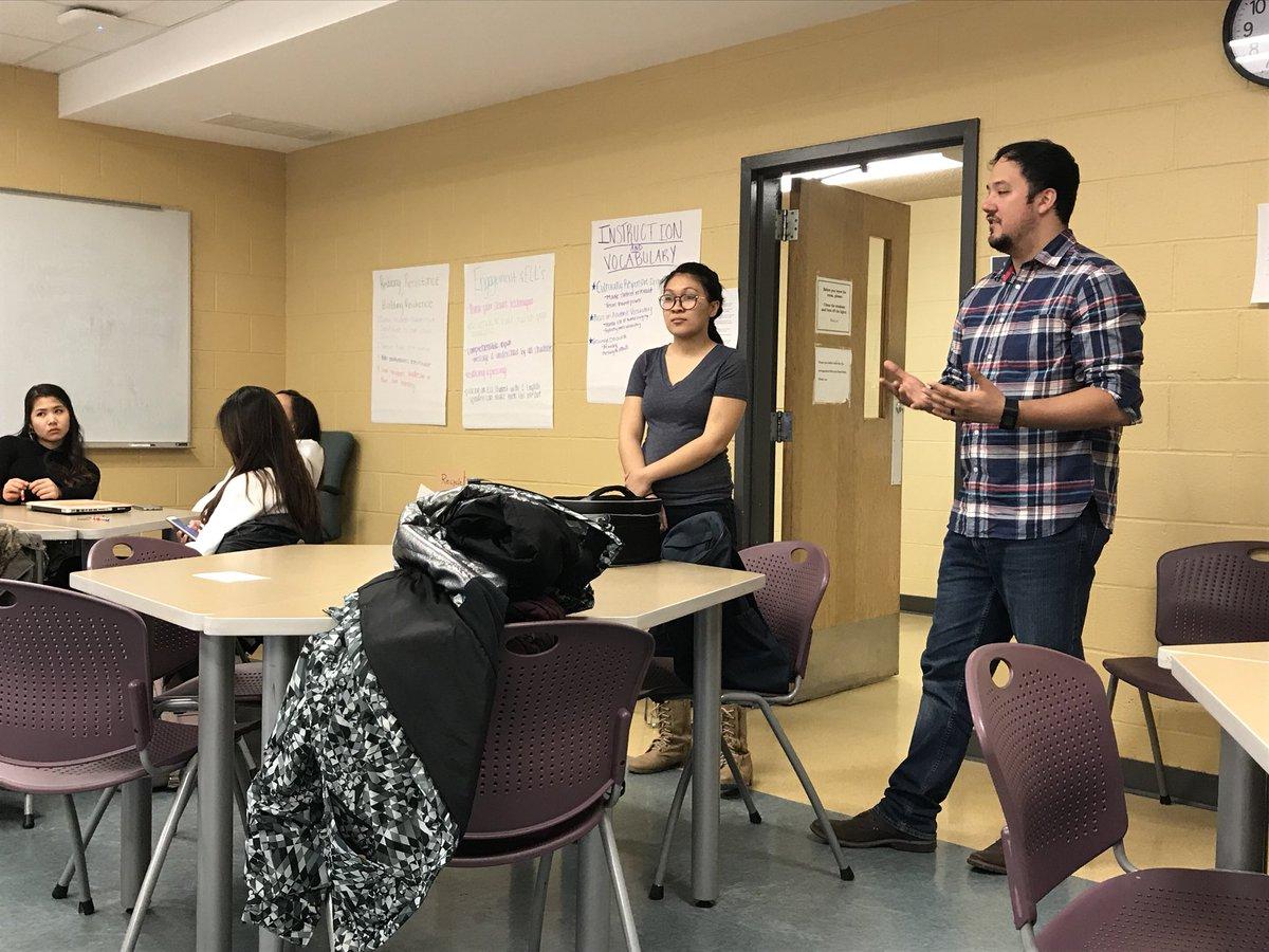 OASIS Leadership Program Is Learning About Inclusive Leadership And  Privilege. #UNL #UNL_OASISpic.twitter.com/6jnhuWiKDU