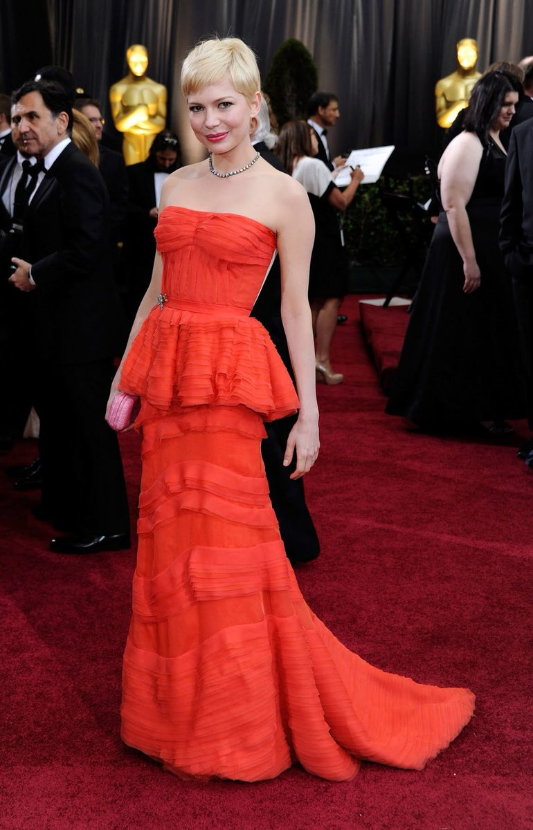 Michelle Williams On Twitter What Is Your Favourite Michelle Williams Oscar Dress Oscars Rt For The Red Louisvuitton Gown 2012 Fav For The Yellow Verawang Dress 2006 Https T Co 90qfdpo39c