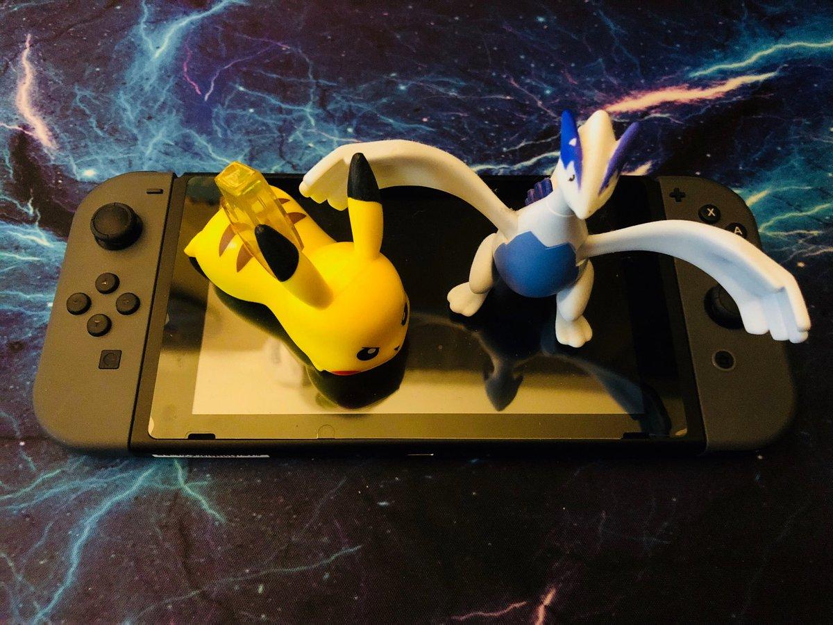 Look guys it's Pokémon on the Switch. ht...