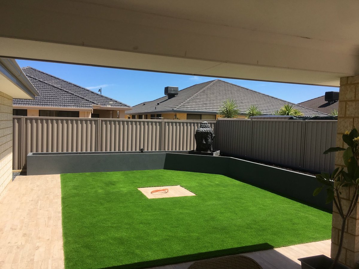 Kade S Landscaping Design Auf Twitter What An Amazing Backyard Transformation One Of Our Favourite Jobs To Do Paving Grass Wall Aggregate Steppers Reticulation Buddha Statue All By Kade Simply Gorgeous Landscaping