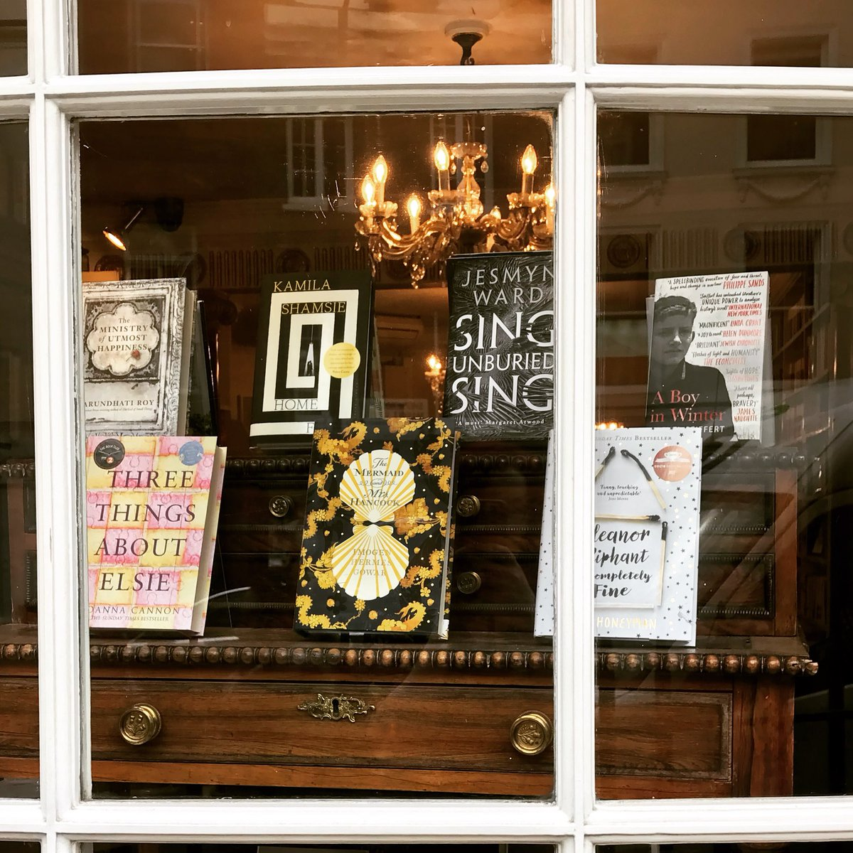 Happy #InternationalWomenDay2018 everyone! And what a perfect day for @womensprize to announce their long list! We're thrilled to see a number of our current favourites featured, and have updated our #allwomen window to reflect the list. Congrats to all those featured on the list
