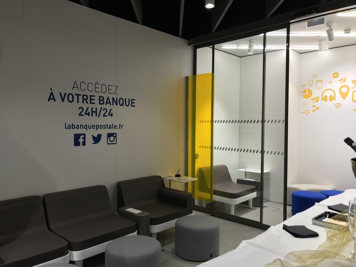 La poste bureau de poste paris france banque d images photo