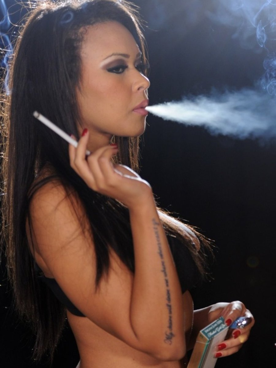 Smoking a month before or after breast surgery could make nipples fall off surgeon punch newspapers