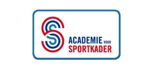 Gisteren organiseerden we i.s.m. @avoorsportkader en vakdocent Annette Oyevaar @Lichtenbeek in Arnhem de bijscholing: sporters met een verstandelijke beperking. 20 trainers/coaches met ruim 160 jaar ervaring hebben kennis met elkaar gedeeld en opgehaald. Een zeer leerzame avond!