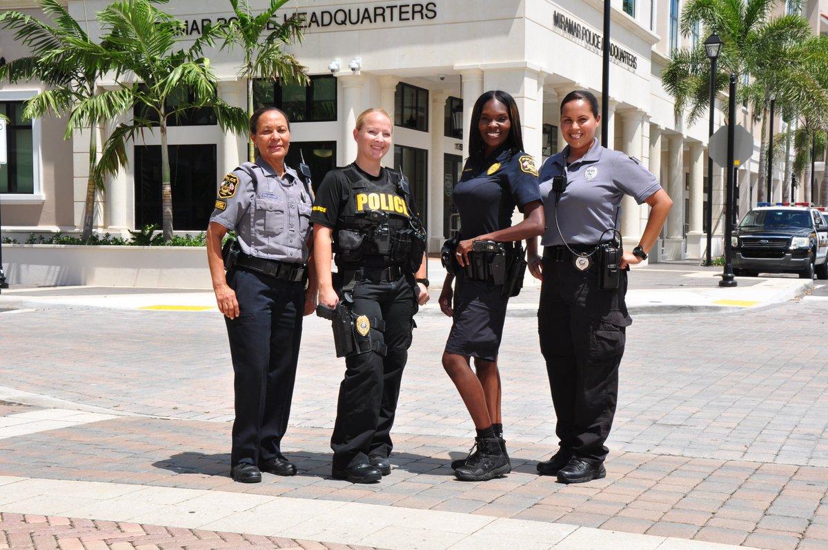 Working At Miramar Police Department - Zippia