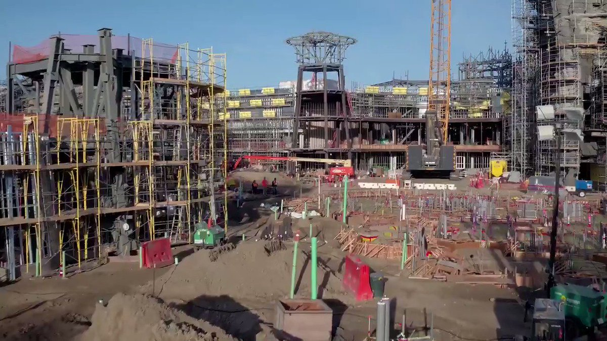 VIDEO: Take a voyage over the #StarWars #GalaxysEdge construction site! bit.ly/2oT7tnU