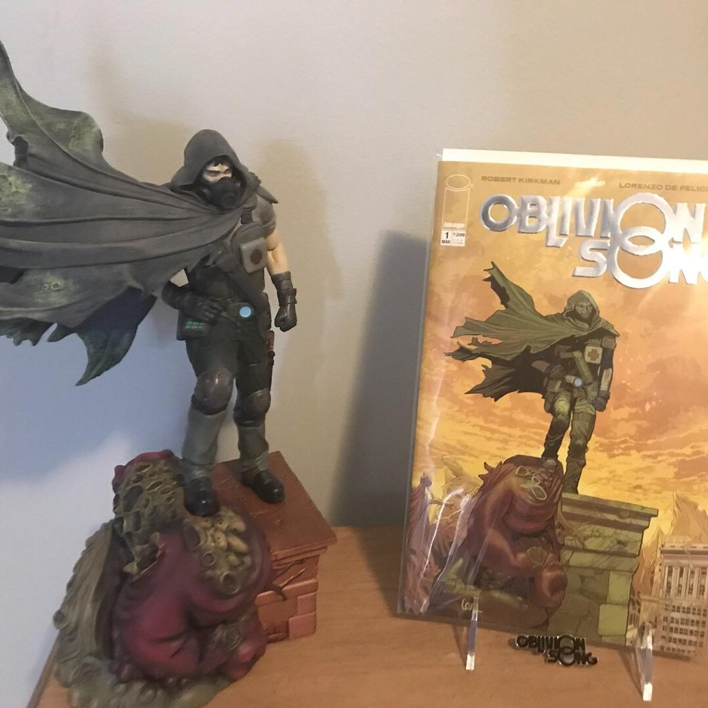 e9496130349 ... puts the story together by  lorenzodefelici. Also thanks for   thirdeyecomics for this beautiful collectors edition 24 1000.pic.twitter .com JhgZi6h27s