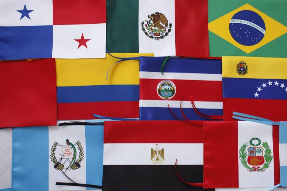 mundo con banderas