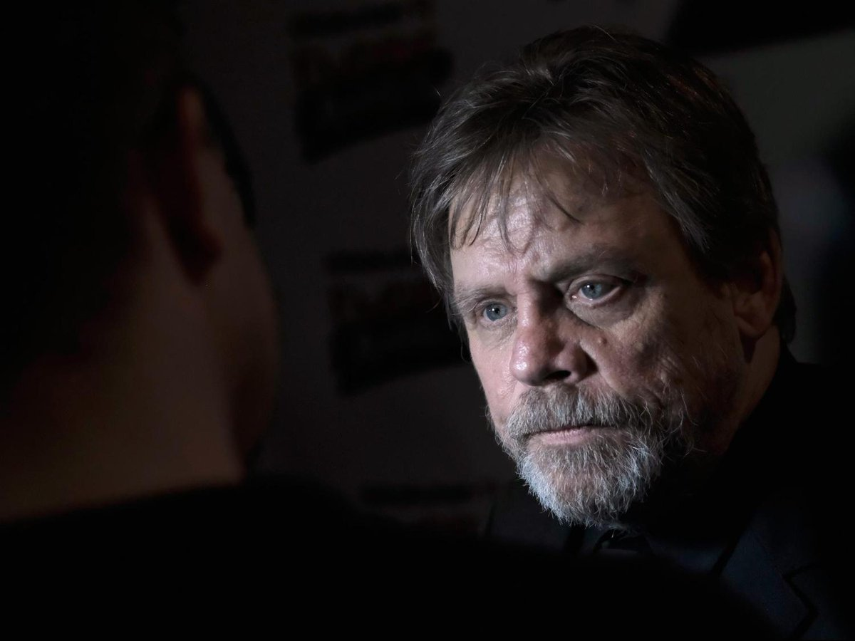 Mark Hamill can't watch emotional final #StarWars #TheLastJedi scene with Carrie Fisher. https://t.co/1HGTD3YvaN
