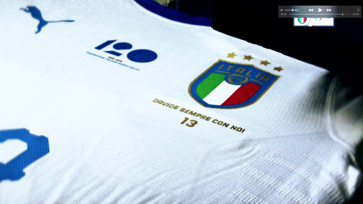 #DavideSempreConNoi: The National Team remembers #Astori 💙   Davide with us forever - This is the message thatll adorn the #Azzurri 🇮🇹 shirts for tonights friendly against #Argentina 🇦🇷 in #Manchester.  #VivoAzzurro
