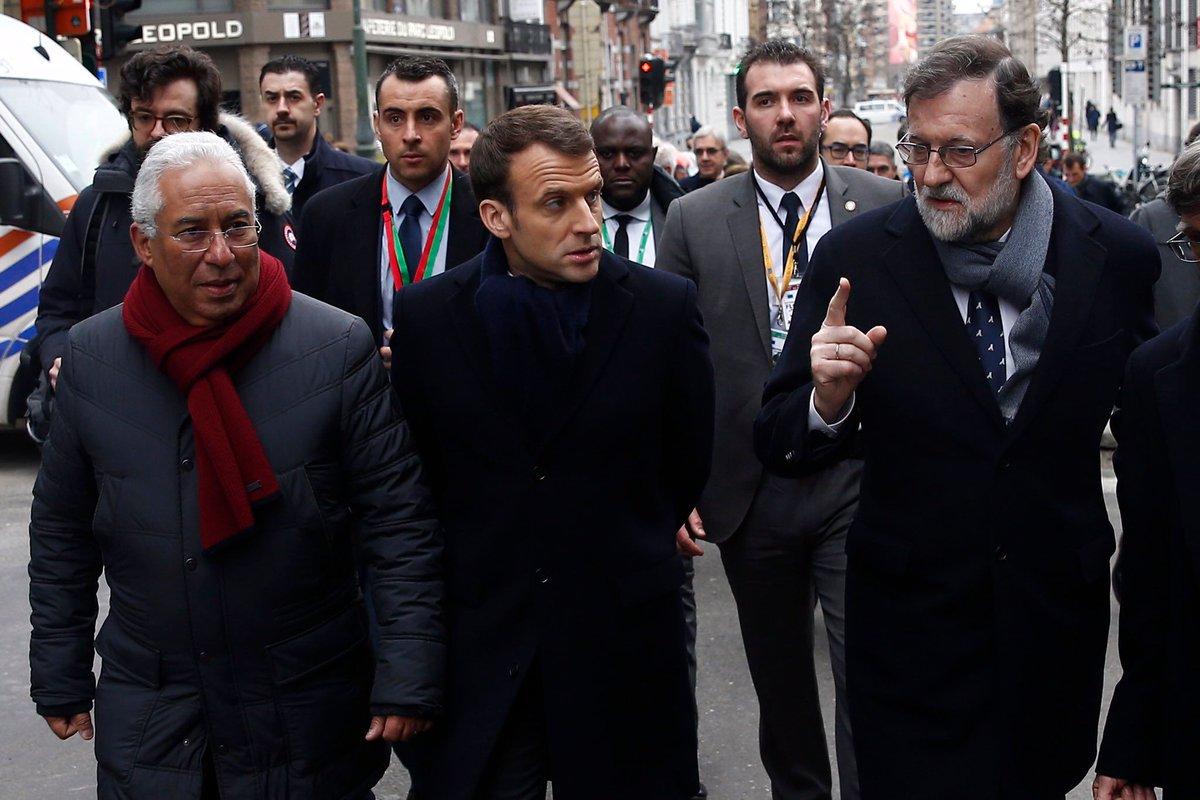Mariano Rajoy se hace un lío y huye de España por error https://t.co/4uegB4VM7S