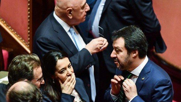 Italia: el Parlamento, a la deriva https://t.co/WyWMvvmLEx