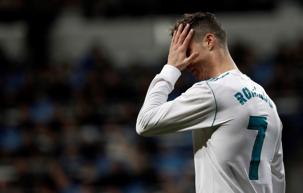 Cristiano Ronaldo vai receber aumento no Real, mas vai seguir ganhando menos que Neymar https://t.co/AHThOVlFTM
