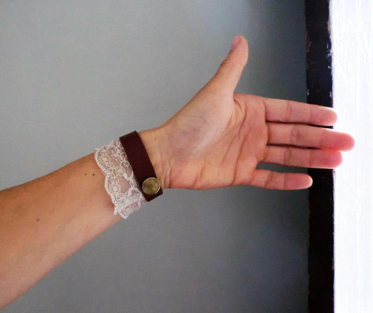 gift eco non-allergic Italian-Dutch jewels Necklace wool fur-look leather JJePa mode accessory