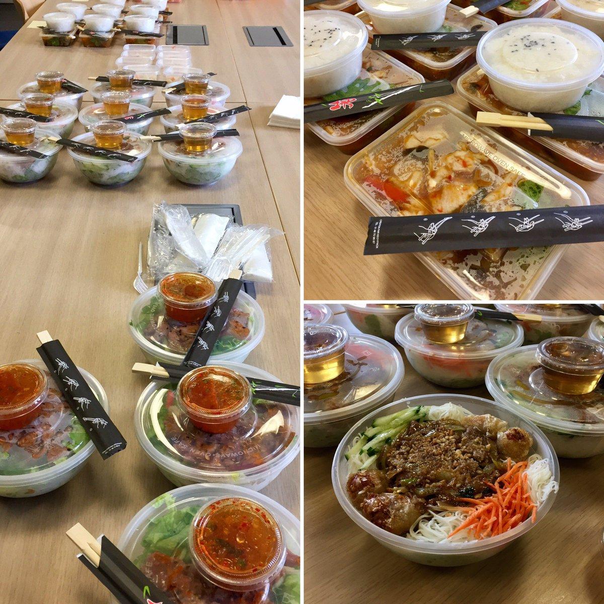 test Twitter Media - [INSIDE] Ce midi nos #collaborateurs se sont retrouvés pour déjeuner et c'est la #Thaïlande qui s'est invitée dans les locaux E-DEAL ! #lunchtime 👌🥢 https://t.co/YzZ00SsOjW