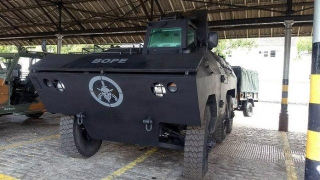 15º R C Mec (Es) prepara a entrega de Blindados EE-11 Urutu para o BOPE   @pmerj https://t.co/T47fnJUrxk
