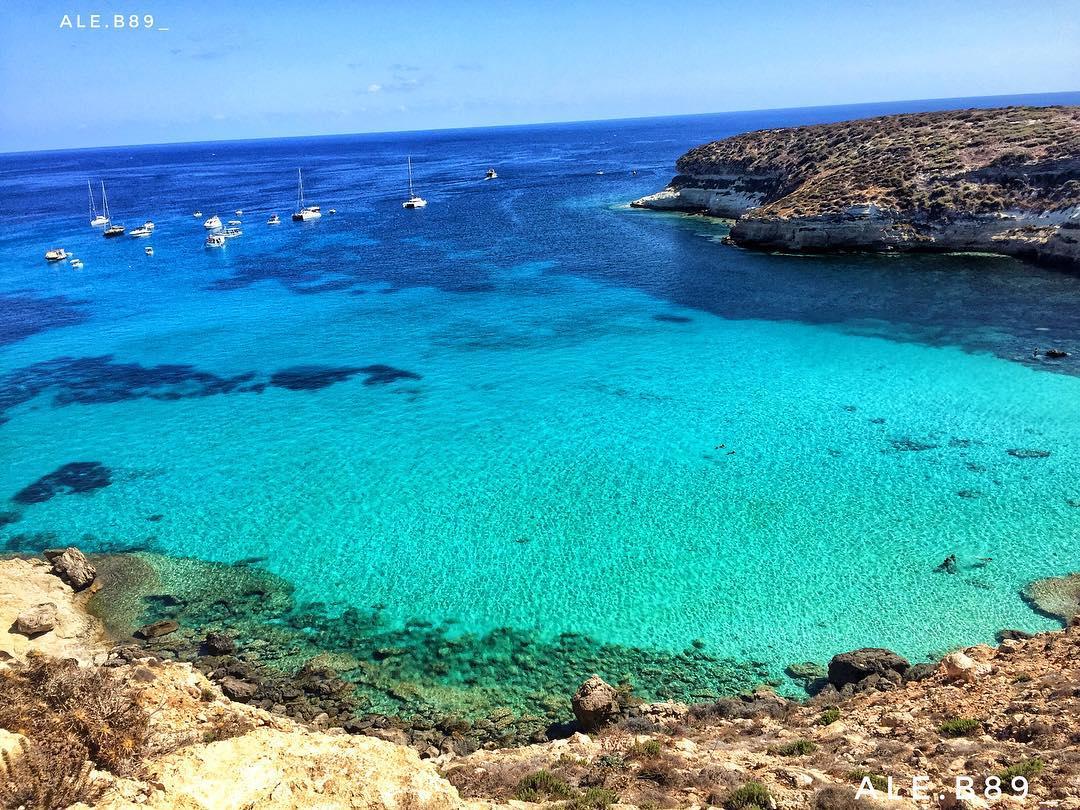 L'isola Magica !!!! #LampedusaPhoto by ale.b89_•  Instagram#lampedusaisland  https:// www.lampedusapelagie.it/  - Ukustom