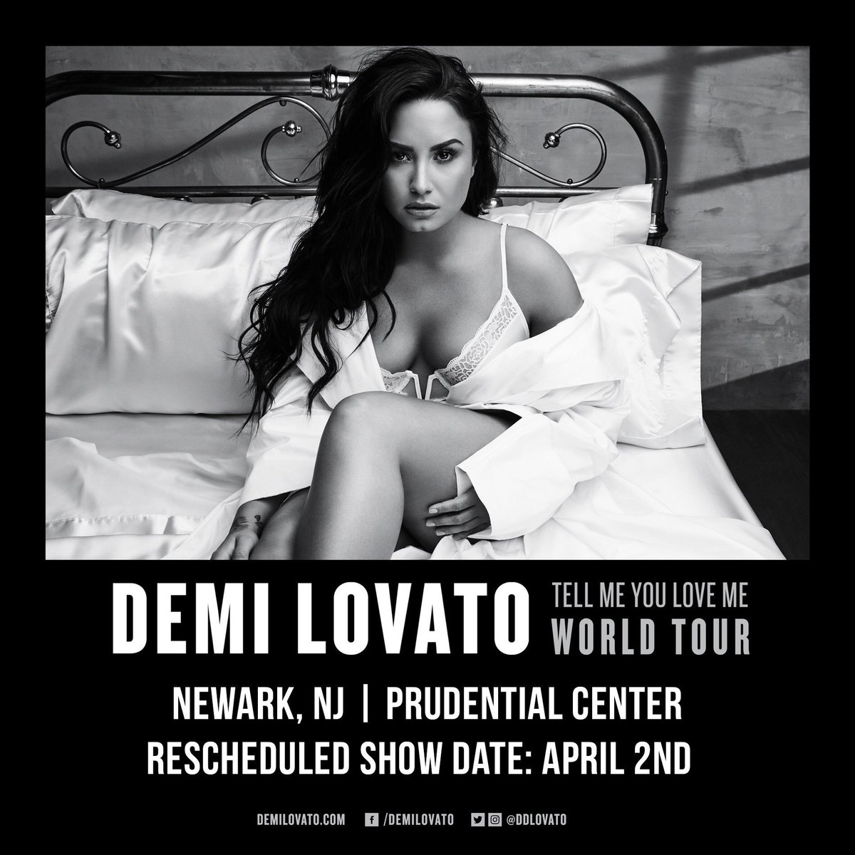 Demi Lovato's photo on Travel