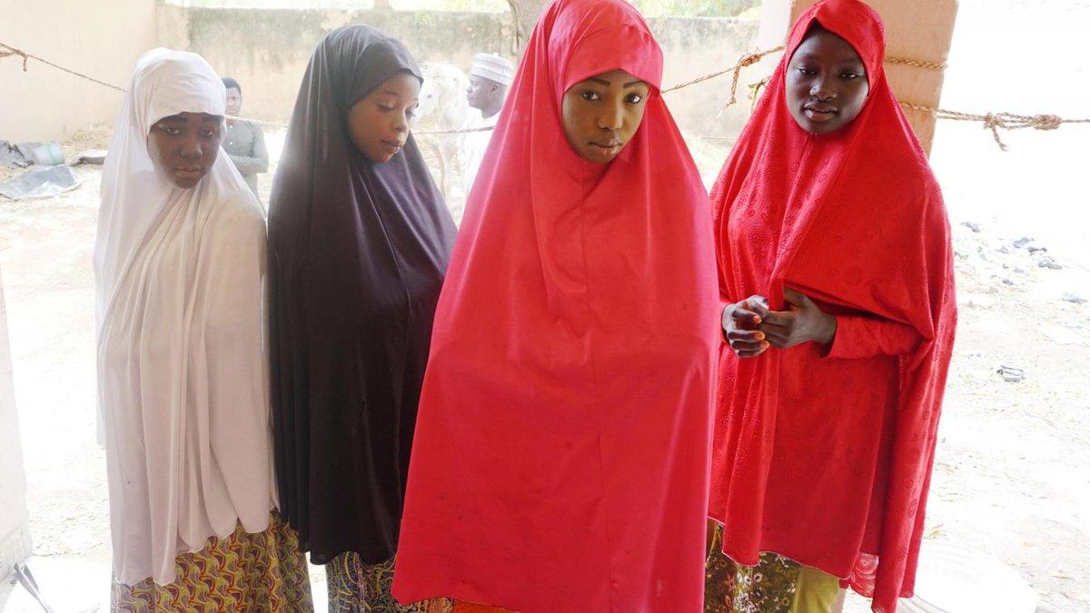 #Nigeria : Boko Haram libère 76 écolières enlevées https://t.co/vPWb9drc7Y