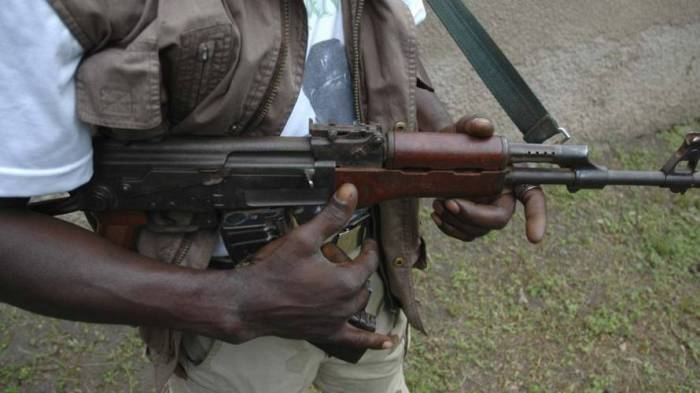 Twelve soldiers feared killed as gunmen invade military base in Kaduna https://t.co/CucbfbEdSI via @todayng
