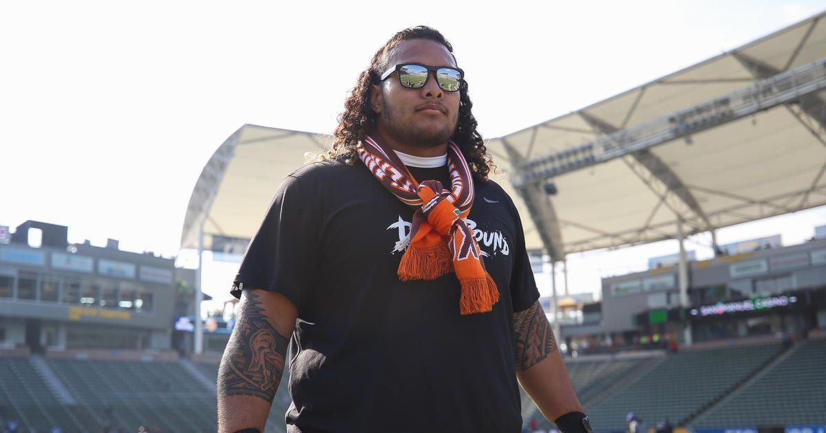 2 former #Patriots who helped @Danny_Shelton55.  ��: https://t.co/cpr2rmc79e https://t.co/lZFvITRC55