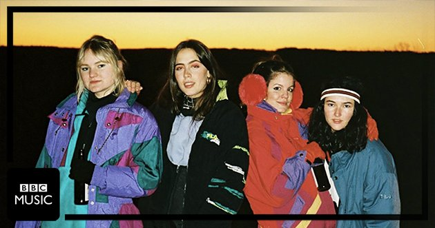Hinds hit the slopes in their new video for 'The Club'. Can we come? 🏂⛷️ https://t.co/gzVGwVguHH