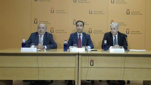 El director del máster de Cifuentes fue alto cargo con Aznar entre 1996 y 1999 https://t.co/IF18oMGi9S Informa @ikaitor