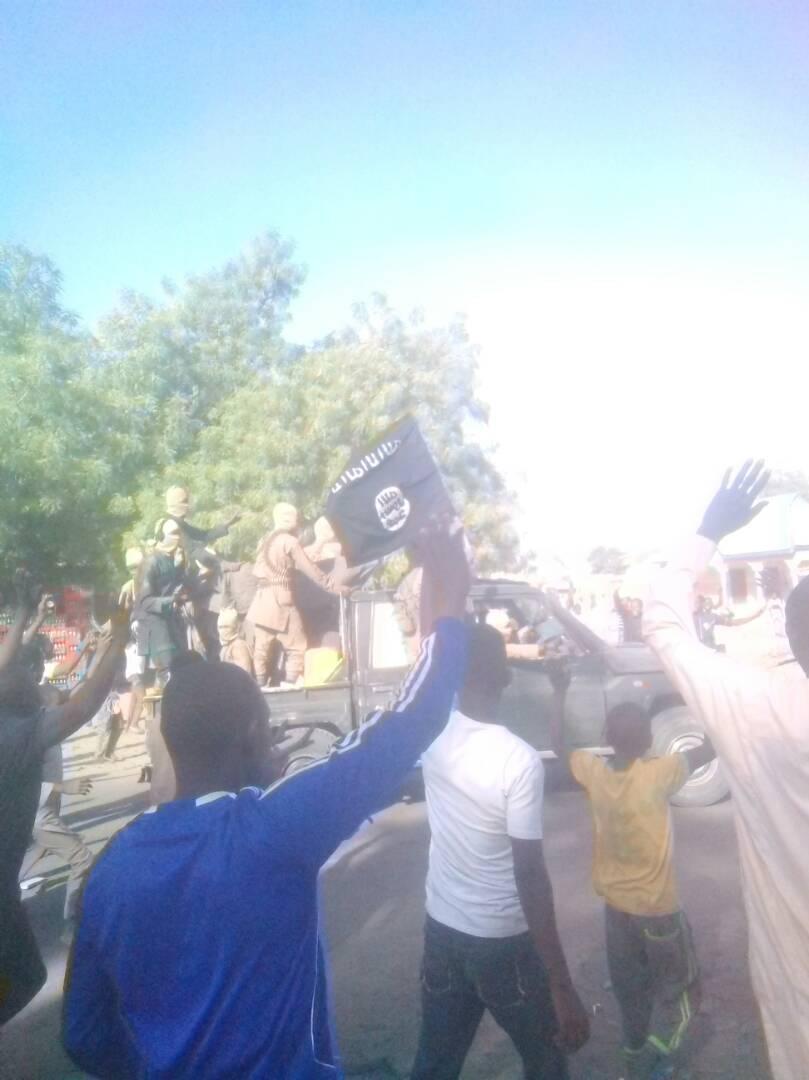 Nigerian Govt Lied, Boko Haram Fighters, Money Swapped For Dapchi Girls