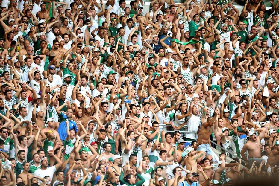 >@esportefera Palmeiras tem mais renda que Corinthians, Santos e São Paulo juntos https://t.co/YeGVyczU1Y