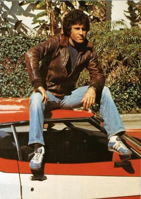 A very happy 75th birthday to Paul Michael Glaser, best known as 70s heartthrob Detective Starsky!