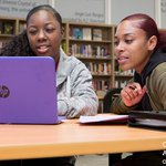 How can we improve reading in a digital world? Three research-backed tips: https://t.co/6G5oT783E9 #researchatwork @UKnowHGSE @HGSE