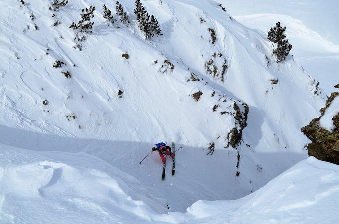 Dos fotos del Valle de Tena esta mañana por R. Montoro 😍 #KddNevasport