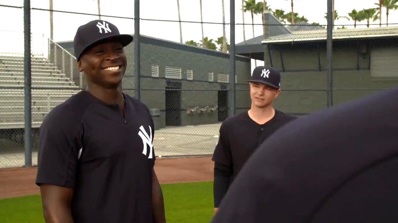 Everything really is all sunshine to @DidiG18. https://t.co/54lMUBLvNm