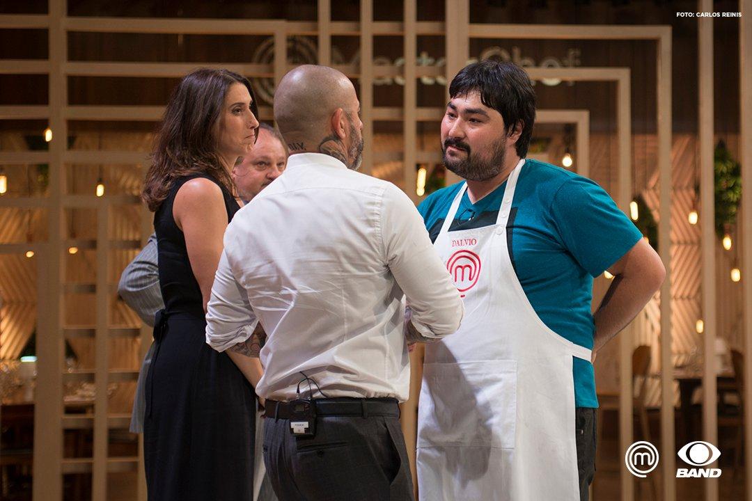 A parte técnica da omelete francesa atrapalhou o @DalvioMChef e o deixou de fora da competição: https://t.co/K0cZ3gPIv1 #MasterChefBR
