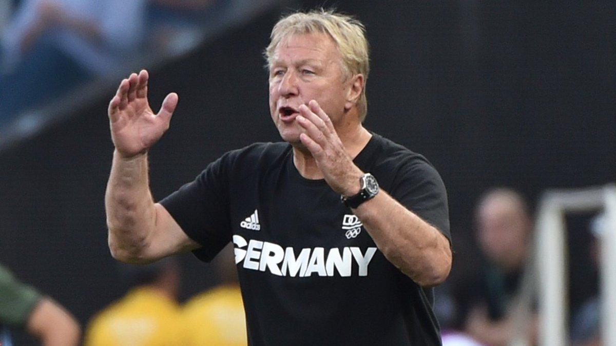 """Frauen-Bundestrainer #Hrubesch: """"Auch ma..."""